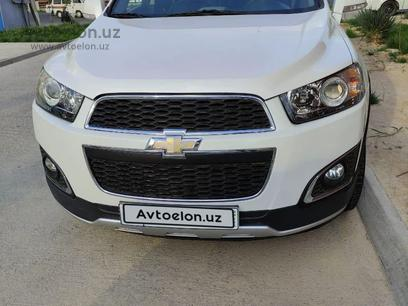 Chevrolet Captiva, 3 pozitsiya 2013 года за 15 600 у.е. в Toshkent