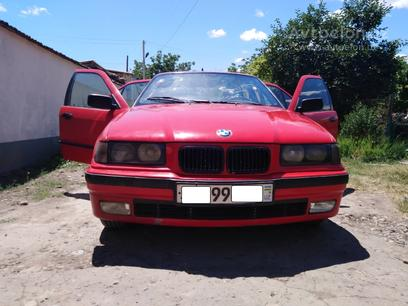 BMW 318i 1991 года за 4 800 y.e. в Янгиюльский район – фото 8