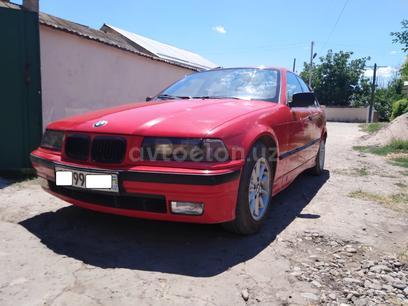 BMW 318i 1991 года за 4 800 y.e. в Янгиюльский район