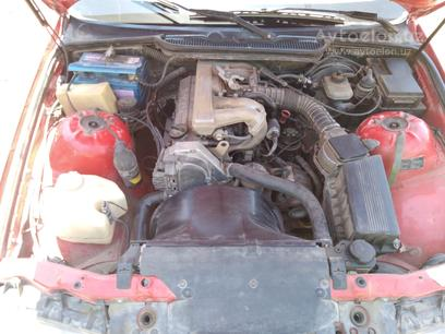 BMW 318i 1991 года за 4 800 y.e. в Янгиюльский район – фото 2