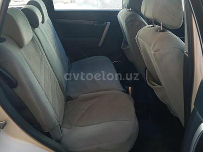 Chevrolet Captiva, 1 pozitsiya 2010 года за 15 000 у.е. в Samarqand – фото 2