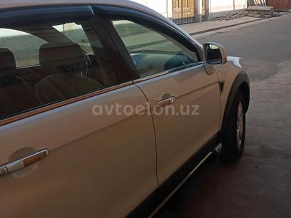 Chevrolet Captiva, 1 pozitsiya 2010 года за 15 000 у.е. в Samarqand – фото 3