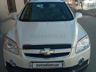 Chevrolet Captiva, 1 pozitsiya 2010 года за 15 000 у.е. в Samarqand – фото 5