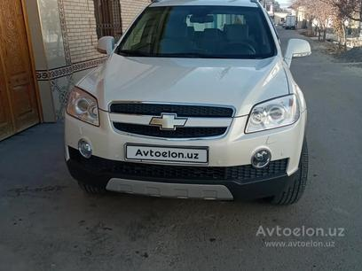Chevrolet Captiva, 1 pozitsiya 2010 года за 15 000 у.е. в Samarqand – фото 8