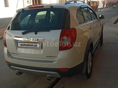 Chevrolet Captiva, 1 pozitsiya 2010 года за 15 000 у.е. в Samarqand – фото 9