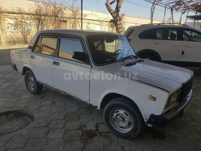 ВАЗ (Lada) 2107 1993 года за 1 300 y.e. в Бухара
