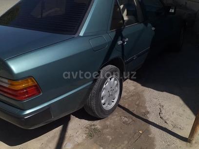 Mercedes-Benz E 230 1991 года за 5 450 у.е. в Andijon