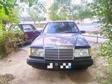 Mercedes-Benz E 260 1988 года за 3 200 y.e. в Зарафшан