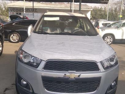 Chevrolet Captiva, 2 pozitsiya 2012 года за ~14 440 у.е. в Toshkent